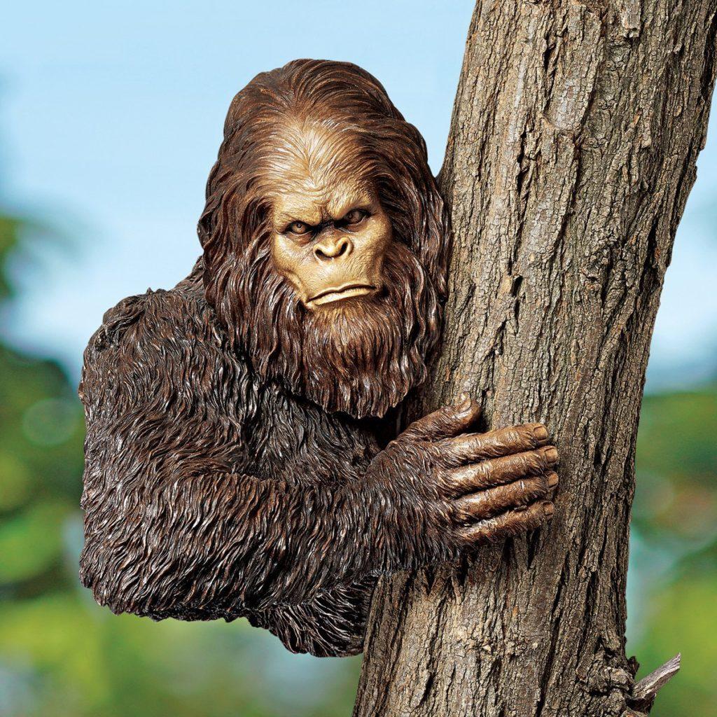 Bigfoot Statue