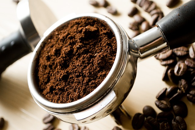 Which Plants Like Coffee Grounds?